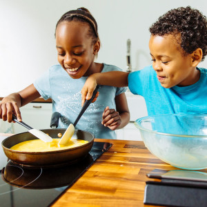 kids-making-eggs-gettyimages-573106649_4